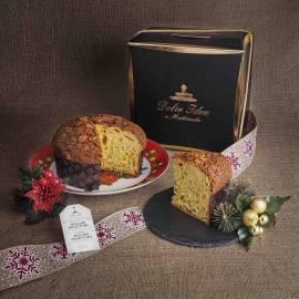 Panettone artigianale con Marroni Piemonte in elegante confezione regalo